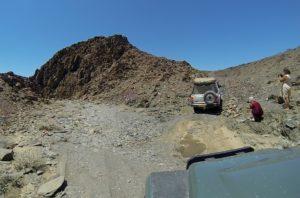 Rijden in de Doros krater